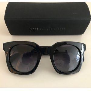 Marc Jacobs Black Sunglasses